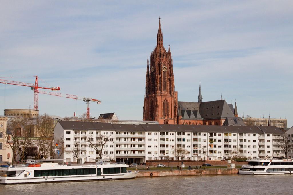 Собор Святого Варфоломея, Франкфурт-на-Майне, Германия, фераль 2014 | Самостоятельные путешествия ChanceToTrip.com