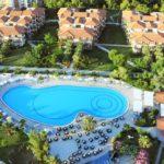 Премьер-министр Греции предложил отменить отели «все включено»
