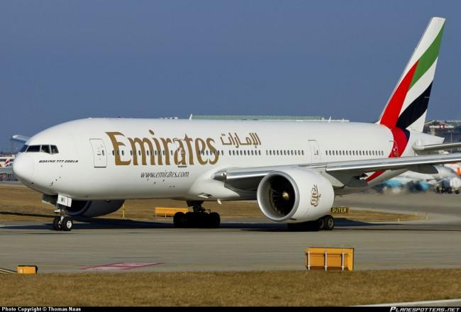 Emirates-Boeing-777-200