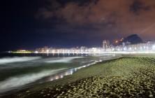 Пляж Капакабана ночью, Рио-де-Жанейро