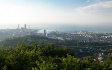 Вид на город со стороны верхней станции фуникулера, Батуми, Грузия | Vladimir Fil'varkiv