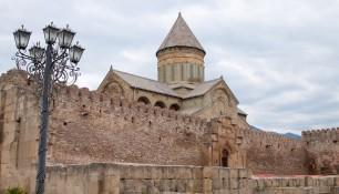 Укрепления территории Кфедрального Собора Светицховели, Мцхета, Грузия | Vladimir Fil'varkiv