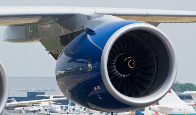 airplane-engine_